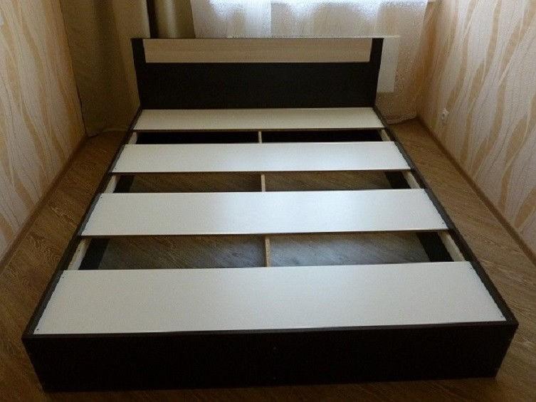 Кровать Эко 1,2